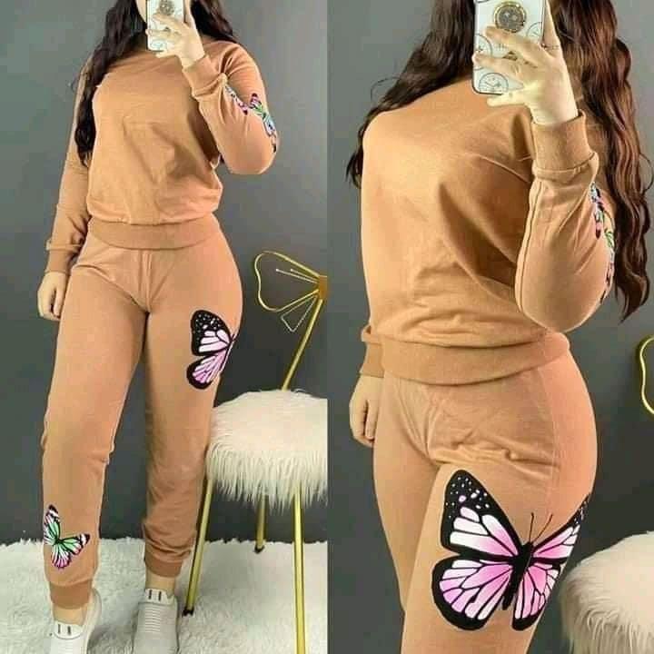 Tenue Femme Papillons, Marron, L